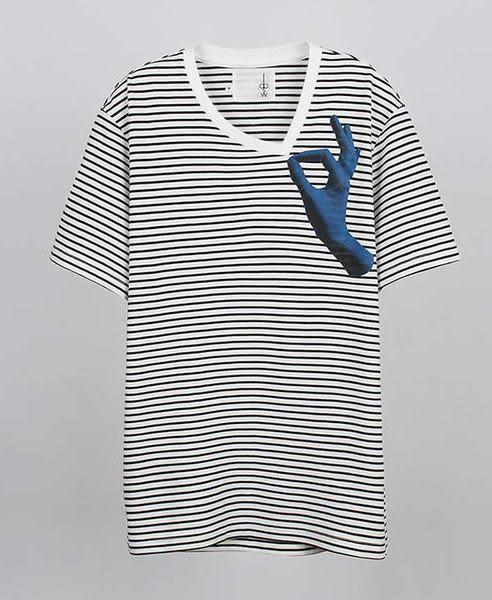 【摩達客】韓國進口EXO合作設計品牌DBSW Don t Drag 別拉橫紋短T短袖T恤時尚潮T(10415098002)