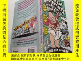 二手書博民逛書店Captain罕見Underpants and the Attack of the Talking Toilets