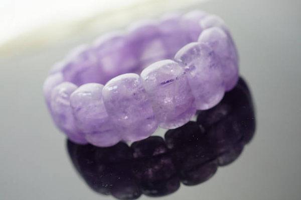 紫玉,集中精神增強記憶,改善失眠安神,可幫助考運,增進人際關係,助靈性與念力 NO.69