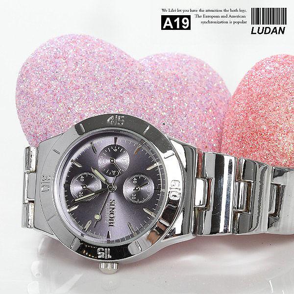 ☆ 滷蛋媽媽 ☆ 【 A19 特價 】時尚雜誌 近似SEIKO星辰三眼手錶 男錶 女錶 五色可選 情侶對錶