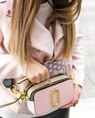 ■專櫃64折■ Marc Jacobs 全新真品 Snapshot 相機包 柔焦粉色及紫色波點肩帶 2019新品