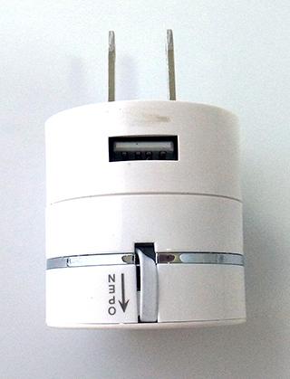 (Micro USB/8 Pin/iPhone 4) 三合一充電器 充電頭 旅行充電器 旅充頭