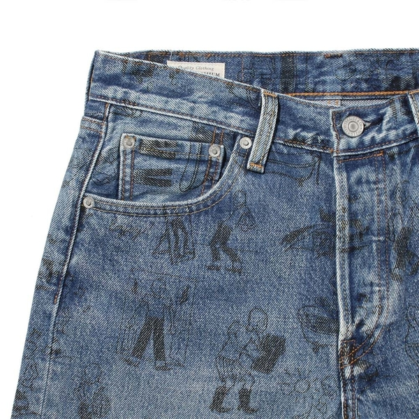 Levis 男女同款 501排釦直筒牛仔短褲 / 501day洗鍊印記系列 / 滿版養褲教學漫畫
