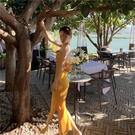【限時促銷】一字領洋裝 2021新款露背洋裝氣質旅游拍照衣服超仙沙灘裙海邊度假長裙