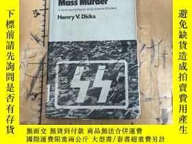二手書博民逛書店Licensed罕見mass murder: A socio-p