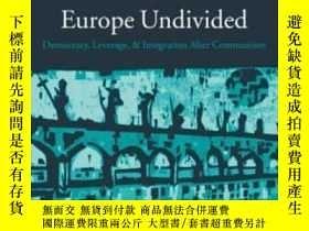二手書博民逛書店【罕見】2005年 Europe Undivided: Demo