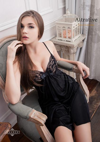 【中大尺碼睡衣】透黑蓓蕾柔緞大尺碼性感睡衣 星光密碼B062
