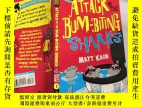 二手書博民逛書店ATTACK罕見OF THE BUM-BITING SHARKS :咬人鯊的攻擊Y200392