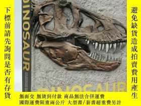 二手書博民逛書店Dinosaur罕見– The Definitive Visual Guide to Prehistoric An