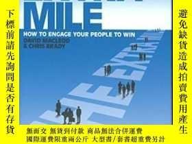 二手書博民逛書店The罕見Extra Mile: How To Engage Your People To Win-額外的一英裏: