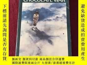 二手書博民逛書店The罕見Chocolate WarY332659 Robert Cormier Laurel-Leaf Bo
