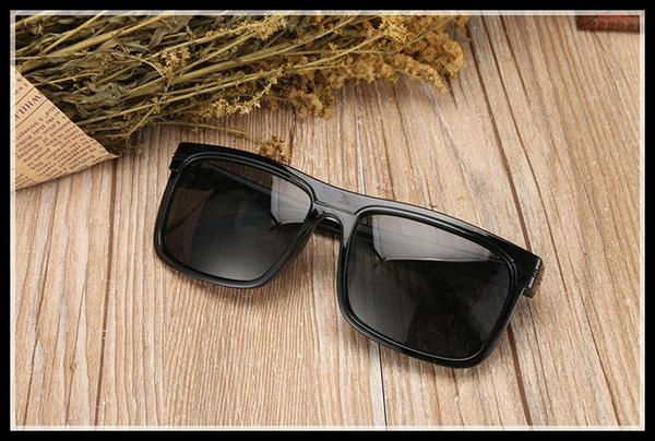 找到自己 MD 時尚 潮 男 復古款 方型 太陽眼鏡 墨鏡 個性司機駕車眼鏡
