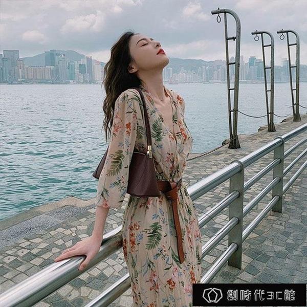 2021年碎花V領連衣裙新款韓版腰帶顯瘦溫柔風長裙碎花過膝潮【全館免運】