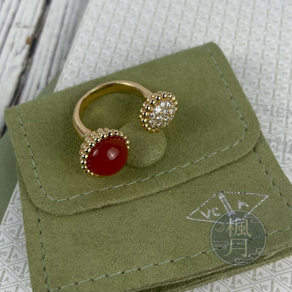 BRAND楓月 Van Cleef & Arpels梵克雅寶 VCA 鑽石 紅玉髓 Perlée couleur 戒指