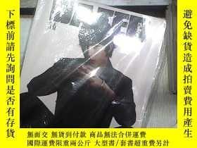 二手書博民逛書店青春罕見DAZED CHINA 2020 JUN JUL(未開封). 。Y180897