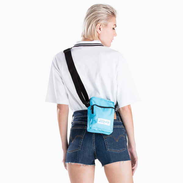 Levis 男女同款 側背包 / 經典Logo / 600D高密度纖維