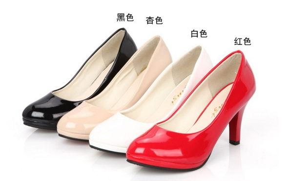 ★215+4❤ 愛麗絲的最愛☆.☆ 百搭素面圓頭高跟鞋/上班鞋/紅色高跟鞋/白色高跟鞋/大尺碼高跟鞋