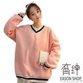 EASON SHOP(GU4925)撞色條紋V領長袖T恤大學T女上衣服素色秋冬韓版寬鬆領口拼接加絨加厚刷毛落肩棉T