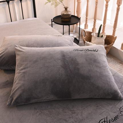 水晶絨刺繡枕套冬季加厚珊瑚絨成單人枕頭套48x74cm一對裝 亞斯藍