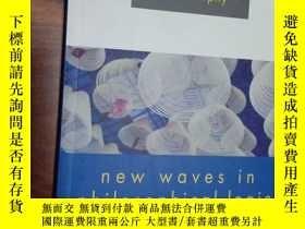 二手書博民逛書店New罕見Waves In Philosophical Logi
