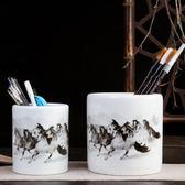 感恩聖誕 陶瓷器馬到成功筆筒擺件辦公用品工藝品擺設毛筆筒禮品