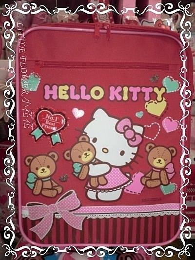 ♥小花花日本精品♥Hello Kitty可愛大容量氣球抱小熊滿滿豐富圖多夾層拉桿書包/16吋行李箱