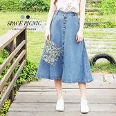 長裙 Space Picnic|雙口袋排釦單寧A字裙(現貨)【C1702126】