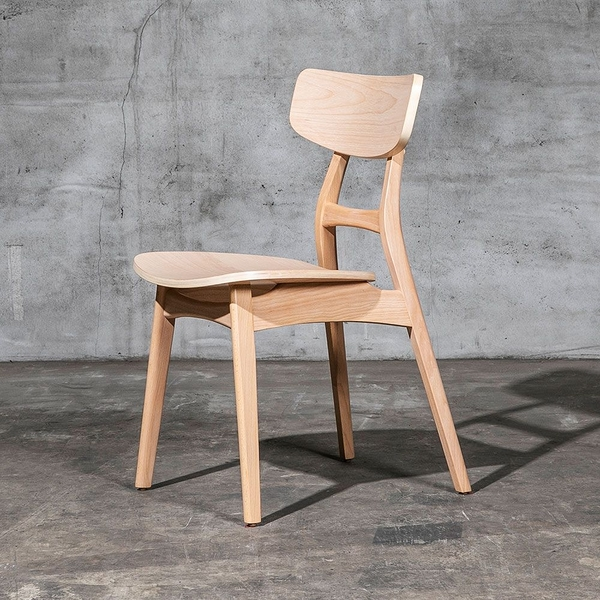 Levi 利維餐椅【obis】