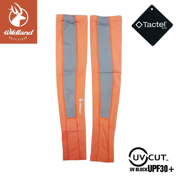 【Wildland 荒野 中性 開洞抗UV透氣袖套《粉橘》】W1801/手套/防曬手套/騎機車/自行車/登山