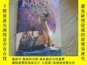 二手書博民逛書店The罕見Chronicles of Narnia, Movie Tie-in Edition[納尼亞傳奇,電影版