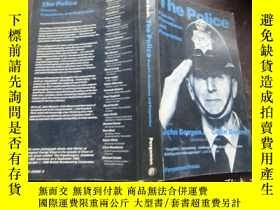 二手書博民逛書店THE罕見POLICE Powers,Procedures an