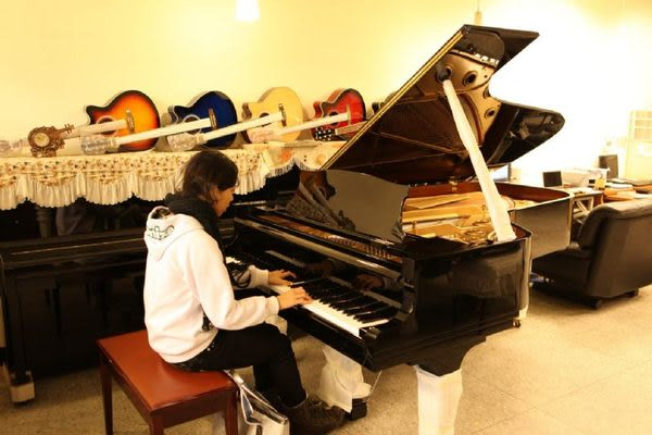 【HLIN漢麟樂器】-網友推薦-原裝河合kawai平台鋼琴演奏琴3號-中古二手鋼琴中心04