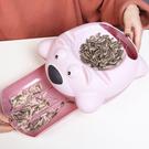 飛天熊雙層可置物乾果盤 過年 客廳 塑料 懶人 手機座 瓜子盤 嗑瓜子神器【N438】生活家精品