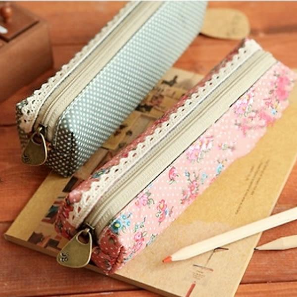 【BlueCat】玫瑰花之戀蕾絲邊條帆布筆袋