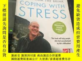 二手書博民逛書店BACK罕見FROM THE BRINK COPING WITH