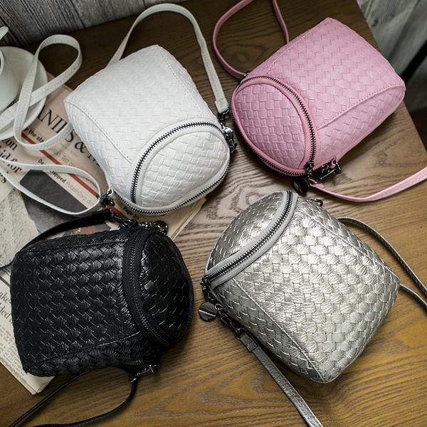 *UOU精品*韓國時尚款 個性迷你單肩女包百搭簡約手機包小包包 包包(附斜背帶) ‧4色【T326】