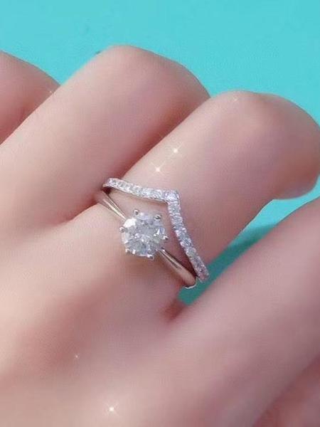 純銀戒指 925純銀字母V排鉆戒指女時尚個性配戒簡約疊戴百搭食指戒小眾設計【萬聖節限時】