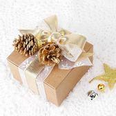 【BlueCat】聖誕節迷你金光松果 擺飾 裝飾品 (9入裝)