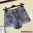 牛仔短褲 高腰破洞牛仔短褲新款夏季大碼寬鬆顯瘦寬管a字熱褲-Ballet朵朵