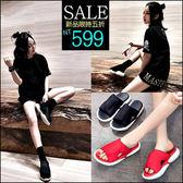 克妹Ke-Mei【ZT45840】歐美龐克時尚感 黑白撞色馬蹄跟厚底涼鞋一字拖