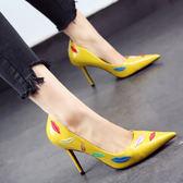 高跟鞋 新款細跟高跟鞋印花淺口性感尖頭鞋漆皮嘴唇單鞋