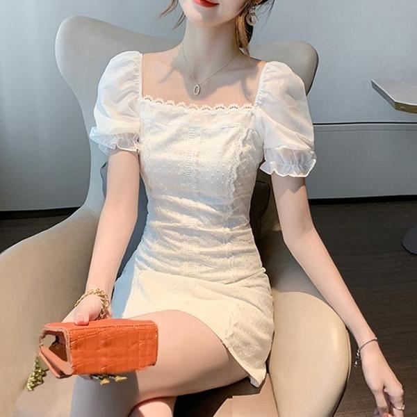 方領洋裝 溫柔風連身裙2021新款夏季收腰顯瘦氣質方領蕾絲拼接泡泡袖仙女裙 晶彩 99免運