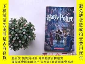 二手書博民逛書店Harry罕見Potter and the Sorcerer s