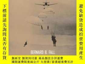 二手書博民逛書店Hell罕見In A Very Small PlaceY362136 Bernard Fall; Bernar