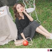 《DA7336-》純色圓領拼接碎花裙襬五分袖洋裝 OB嚴選