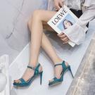 網紅高跟鞋女2021年新款夏季一字扣鏤空防水臺細跟漆皮恨天高涼鞋