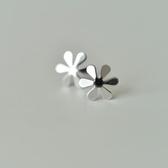 耳環 925純銀-亮面六瓣花生日母親節禮物女飾品73gk11【時尚巴黎】