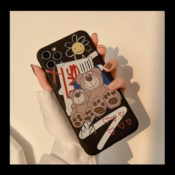 潮牌小熊iphone手機殼12適用11Pro Max蘋果X磨砂7/8p個性全包軟XR