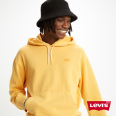 Levis 男款 口袋帽T / 全一色刺繡Serif Logo / 寬鬆落肩設計 / 洗舊芥末黃