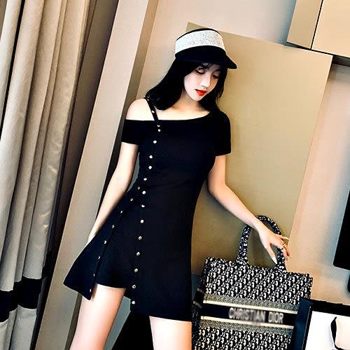 克妹Ke-Mei【AT53871】獨家,愛死了!龐克釘釦性感露肩不規則開叉連身洋裝